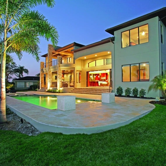 Luxury Waterfront Homes: Tampa - St. Petersburg Luxury Home