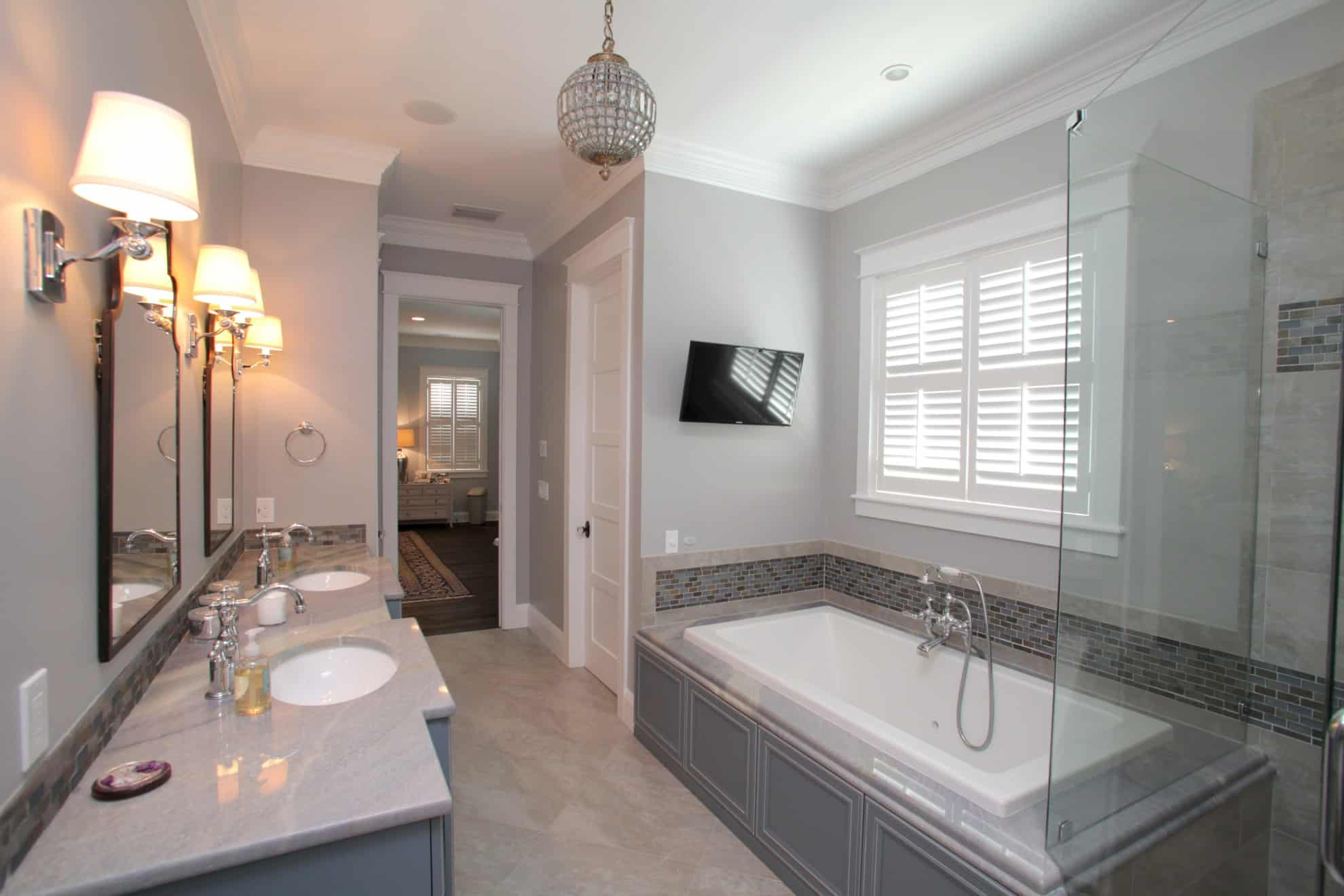 Custom Bathroom - Devonshire Custom Homes