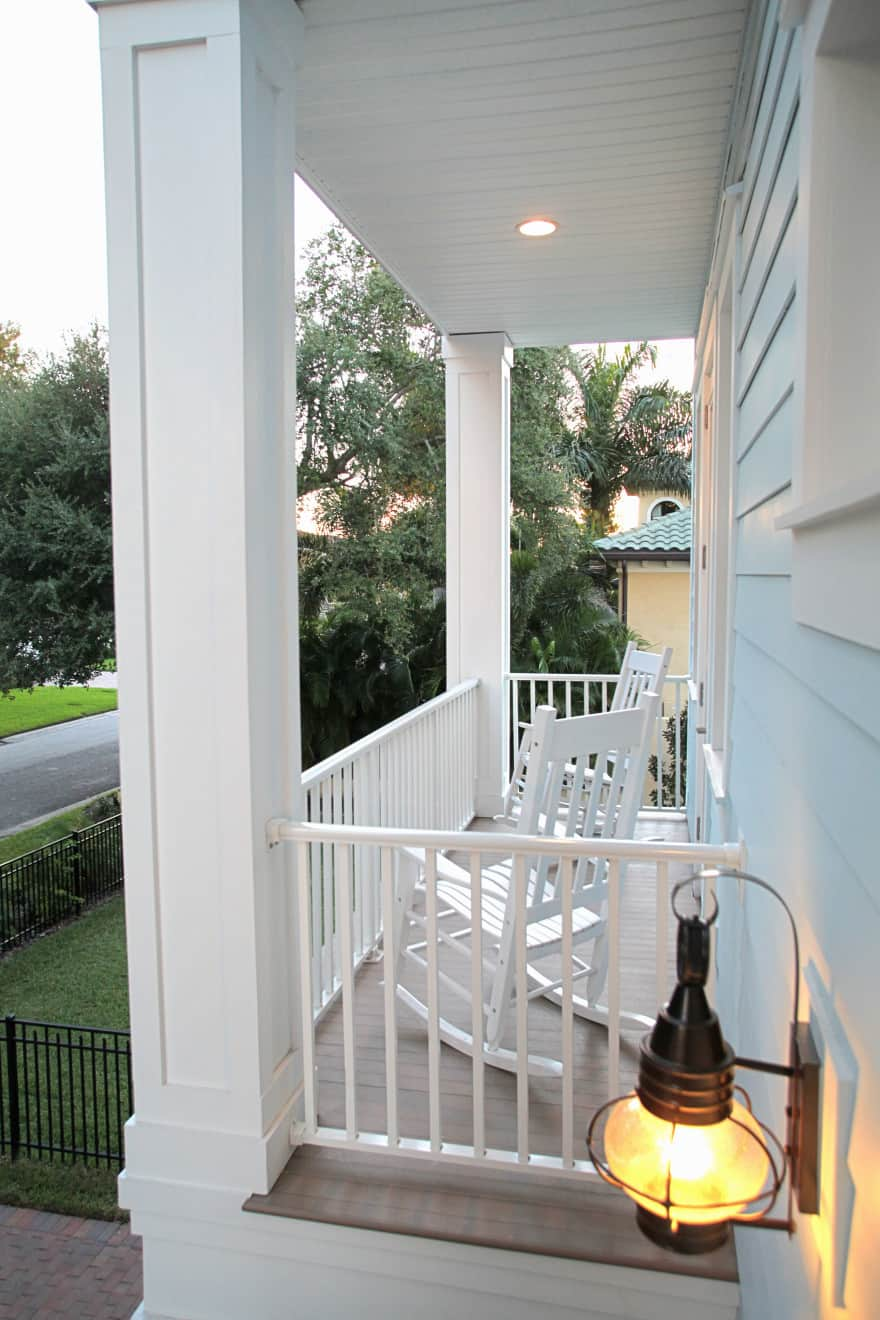 Melrose canal home- front porch