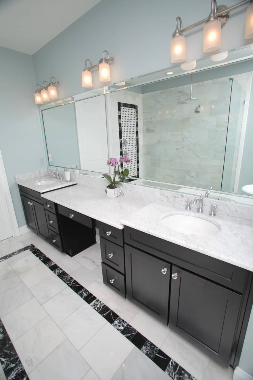 Melrose canal home- master vanity