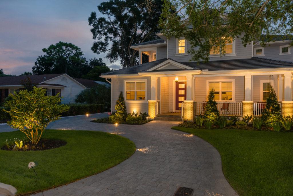 exterior lighting - Devonshire Custom Homes