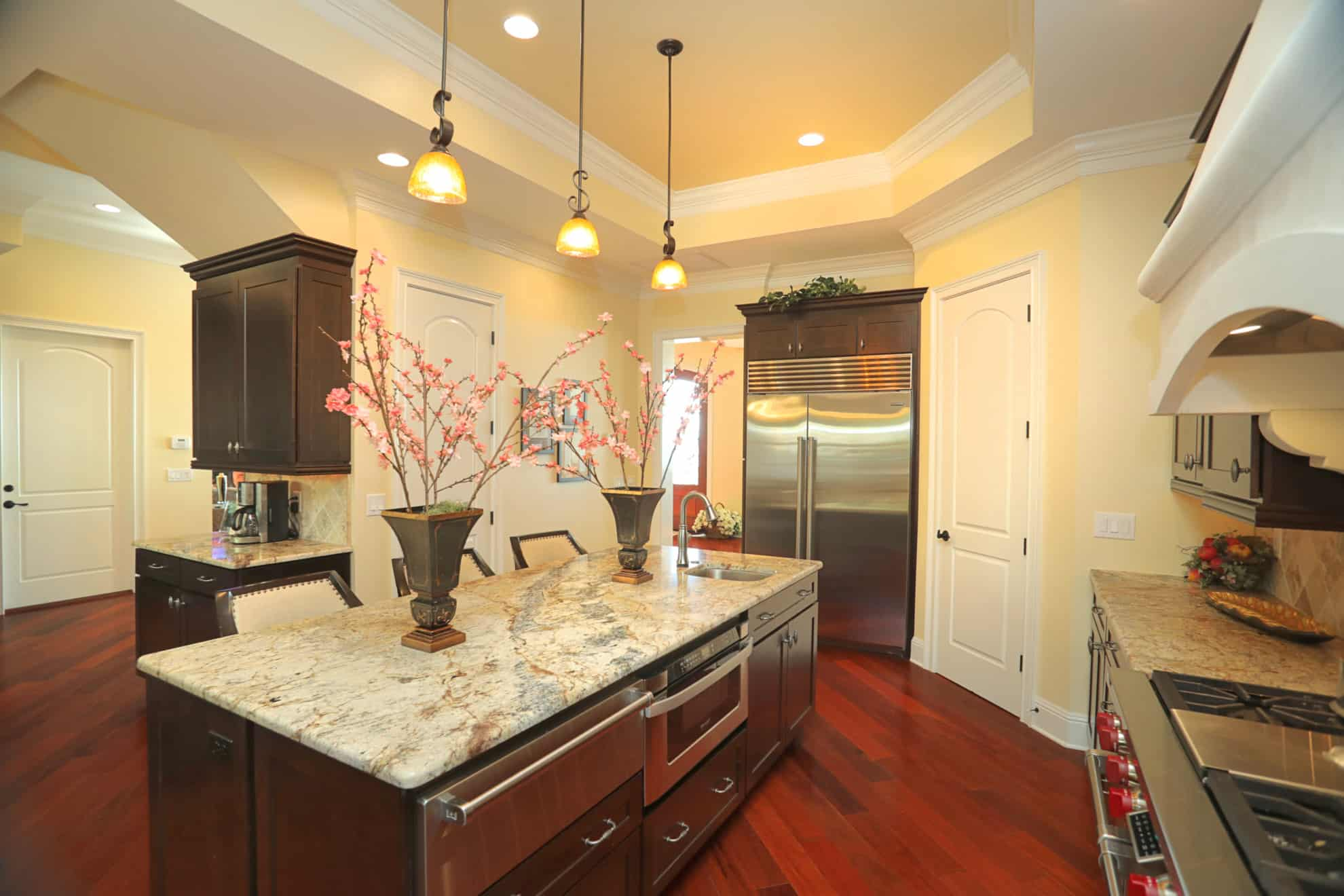 Bayshore Beauty Kitchen by Devonshire Custom Homes