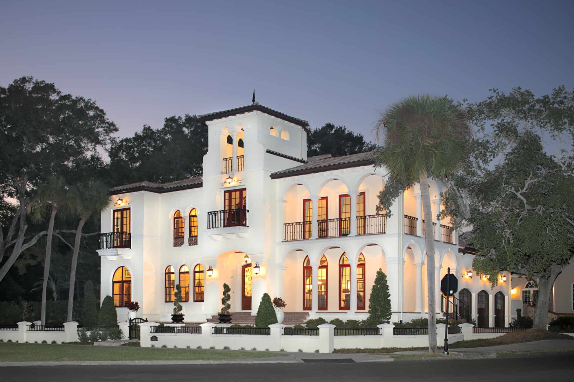 Bayshore Beauty exterior - Luxury Estate - Bayshore Beautiful
